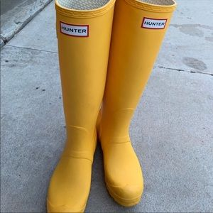 Hunter Boots Yellow Size 7